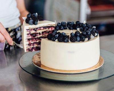 Chiffon honey cake