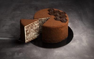 Классический шоколадный медовый торт