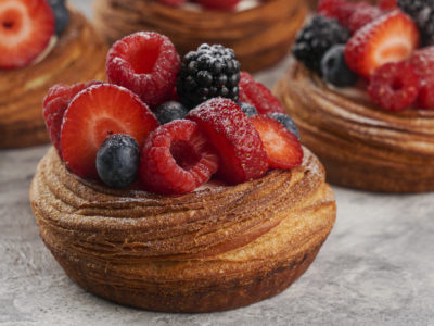 """Practical online course """"Viennoiseries and Individual cakes for coffee shops"""""""
