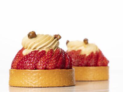 Strawberry and Pistachio Pie Tartlet